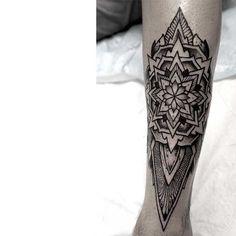 Fresh Mandala Leg Piece By Orge! #mandala #geometry #geometrical #sleeve #leg #dotism #dotwork #blackwork