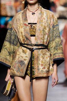 Dior Fashion, Couture Fashion, Runway Fashion, Fashion News, Fashion Show, Fashion Outfits, Fashion Design, Fashion Trends, Paris Fashion