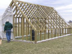 Bradford Research Center // Passive Solar Greenhouse Greenhouse Frame, Cheap Greenhouse, Aquaponics Greenhouse, Indoor Greenhouse, Backyard Greenhouse, Aquaponics Diy, Greenhouse Plans, Aquaponics System, Hydroponics