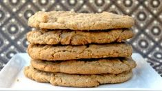 A yummy protein almond butter cookies recipe - hasfit gluten free cookie . Gluten Free Cookie Recipes, Healthy Cookie Recipes, Healthy Meals For Two, Gluten Free Cookies, Healthy Desserts, Raw Desserts, Paleo Treats, Healthy Eating, Cookies Healthy