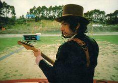 21- Western Springs Stadium , Bob Dylan