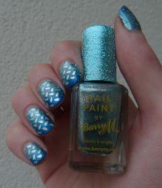 #barrym #blue #nailart #stamping #nails http://www.emotion-wizard.com/2013/05/un-happy-blueday-pour-la-plus-sweet-des.html
