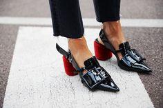 Zapatos esperpénticos
