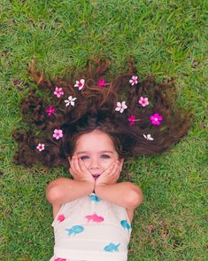 Kids Birthday Photography, Little Girl Photography, Children Photography Poses, Cute Kids Photography, Creative Photography, Toddler Girl Pictures, Birthday Girl Pictures, Little Girl Poses, Shooting Photo