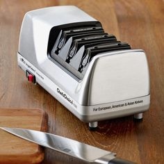 Chef'sChoice 1520 Electric Knife Sharpener