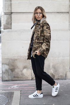 Camille has THE best style Sporty Outfits, Sporty Style, Chic Outfits, Fashion Books, Love Fashion, Winter Fashion Outfits, Autumn Fashion, Camille Callen, Army Clothes