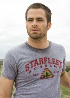 Chris Pine in a Starfleet Academy tee. This is pretty nice!