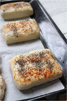 Petits pains à sandwichs - chefNini - Sandwich Sandwiches, Bread Machine Recipes, Bread Recipes, Turkish Recipes, Pizza Dough, Food Inspiration, Tapas, Brunch, Good Food