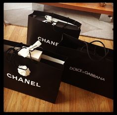 #Shopping #Chanel #DolceGabbana #mode #fashion #girls