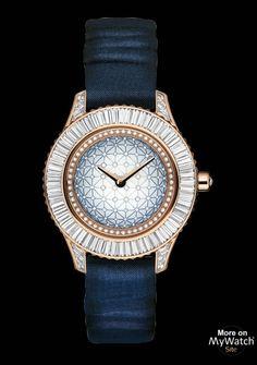 Dior Dior Grand Soir N°22   Dior Grand Soir CD133576A001 Or Rose - Diamants  - Bracelet Satin 7fc2186804e