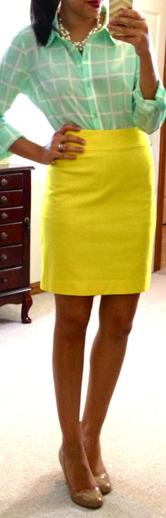 Pencil skirt w/button down, great work look (source: http://hello-gorgeous-blog.blogspot.com/p/threads.html?m=1)