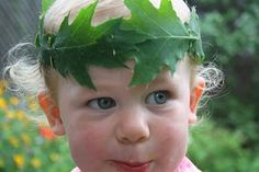 LEAF CROWNS diy FOR CHILDREN AND ADULTS!  This is one of the many activities we enjoy in the summertime.  Making leaf crowns, and spending an afternoon or two pretending to be Queens of the Forest,  Roman Emperors, or Oak Leaf Fairies!      So...go out and find a tree you LOVE...you can use any kind of leaf to make these...