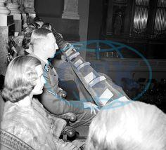 The original description - Zastupující říšský protektor Reinhard Heydrich s manželkou Linou na slavnostním koncertu při znovuotevření pražského Rudolfina.   But in truth the woman is beautiful and kind Karola (Lola) Frank.