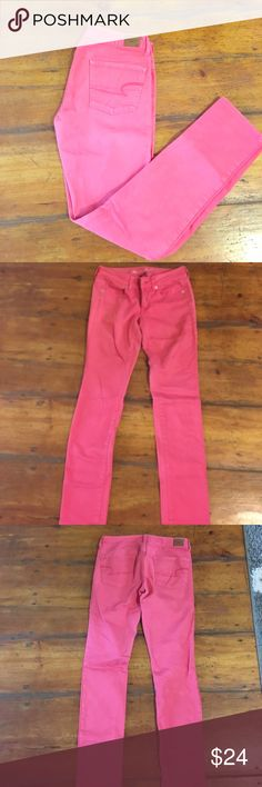 American Eagle pink skinny jeans American Eagle pink skinny jeans. Pre loved but still in good condition. 98% cotton 2% spandex. American Eagle Outfitters Jeans Skinny