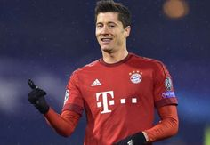 Lewandowski is a candidate to join Madrid admits Bayern chief