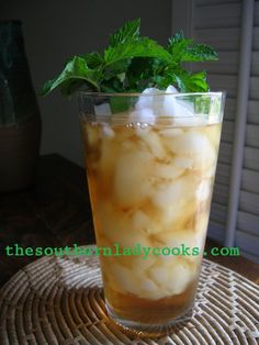 SWEET TEA Recipe - THE HOUSE WINE OF THE SOUTH from thesouthernladycooks.com