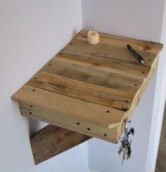Little pallet shelf