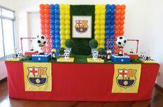 Acabamos de lançar nossa nova mesa de Futebol!!! A pedido da cliente, fizemos com tema do time do Barcelona, mas essa mesa é adaptável pa... Soccer Birthday Parties, 7th Birthday, Birthday Party Themes, Birthday Ideas, Barcelona Soccer Party, Fc Barcelona, Kids Party Decorations, Party Ideas, Pirate Party