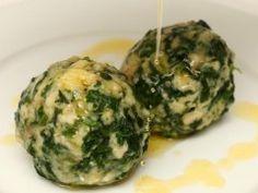 BLW-Rezept Spinatknödel wie Semmelknödel mit Blattspinat und zerlassener Butter
