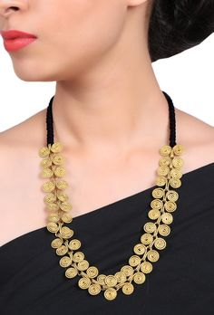 Dhokra necklace with spiral circles