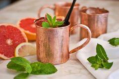 Sommerlicher Feierabend Drink - unser Pink Mule! Moscow Mule Drink, Hotel Guest, Breakfast Lunch Dinner, Bakery, Drinks, Tableware, Summer Recipes, Beverages, Dinnerware