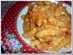 Le Ricette della Nonna: Cavatelli al sugo di pomodoro e ricotta Bolognese, Ricotta, Chicken Wings, Pasta, Meat, Food, Essen, Meals, Yemek