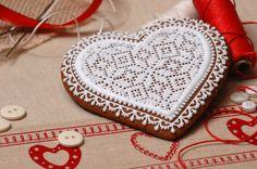"Find more laced gingerbreads on my blog ""Koronkowe Pierniczki"": www.facebook.com/koronkowe.pierniczki/"