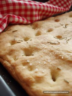 Focaccia punjena sirom by mignonne Wine Recipes, Baking Recipes, Cookie Recipes, Appetizer Recipes, Dessert Recipes, Desserts, My Favorite Food, Favorite Recipes, Croatian Recipes