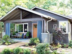 Cottage front porch eclecticallyvintage.com