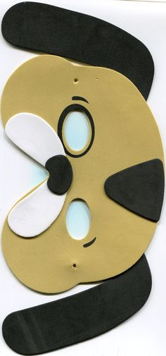 Dog mask, in right size printed out.  Didn't make this actuall mask myself ;)    Easy to draw your own pattern after this  #pattern #mask #dog