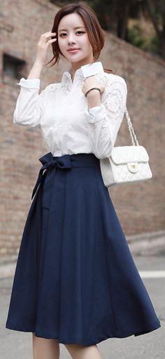 StyleOnme_Ribbon Belt Set Flared Skirt #navy #skirt #elegant #feminine #koreanfashion #kstyle #kfashion #springtrend #dailylook