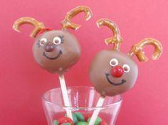winter cake pops | Rudolph Cake pops winter birthday | Party Ideas