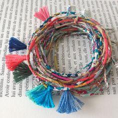 Bracelet Liberty cousu fin et pompon coloré. Création ticha. Handmade in France. www.ticha.bigcartel.com