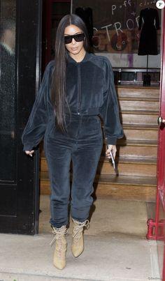 Kim Kardashian fait du shopping à Paris le 1er octobre 2016.
