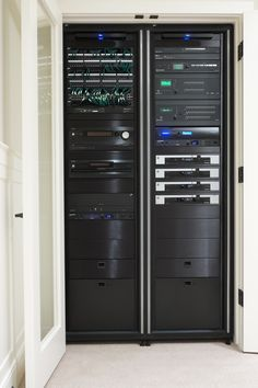 Home technology equipment rack