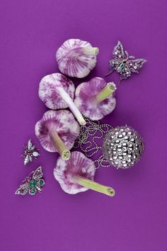 vegetable jeweller.  jewellery production for classic interior and lifestyle magazine mtc.  http://www.floorknaapen.com