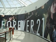 What do you think about the Forever 21 Aventura Mall store? Are you a fan of the Forever 21 stores?