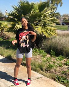 Talk 2 U-Brent Faiyaz Source by outfits black girl Tomboy Outfits Black Faiyaz Girl Outfits Source Summer Talk UBrent Black Summer Outfits, Summer Outfits Women 30s, Summer Outfit For Teen Girls, Girls Winter Fashion, Black Girl Fashion, Fall Fashion Outfits, Black Girl Swag, Fit Black Girl, Black Girls Outfits