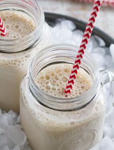 Vanilla Root Beer Float: INGREDIENTS 1 (12 oz) can cold diet root beer soda 1 packet HMR® 500 Vanilla 2 ice cubes. DIRECTIONS 1. Pour soda into a blender 2. Begin Mixing on lowest speed 3. While blender is on, add shake mix 4. Gradually add the ice cubes one at a time. (Replace the blender cover after adding each ice cube). 5. Continue mixing on lowest speed 1 1/2 minutes until ice is thouroughly blended and shake is smooth