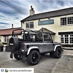 Land Rover Defender 90 Td4 Sw Se customized Twisted soft top.