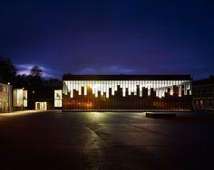 LAN Architects: Gymnasium and Town Hall esplanade