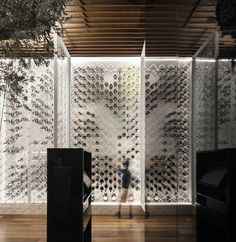 Galeria de Restaurante Loco / João Tiago Aguiar Arquitectos - 2