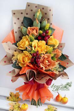 Bouquet Wrap, Candy Bouquet, Crepe Paper, Gift Packaging, Paper Flowers, Flower Power, Floral Arrangements, Rose, Table Decorations