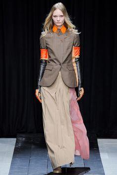 Veronique Branquinho Fall 2014 Ready-to-Wear Collection Photos - Vogue