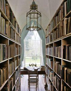 Um lugar para ler e escrever …