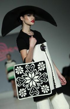 Meche Correa - Peru Fashion, Handbag Tapestry