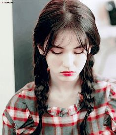 Gwen-ah jangan kesel mulu ya^_^ Jeon Somi, Ontario, Beautiful Asian Girls, Ulzzang Girl, Korean Girl Groups, Girl Crushes, Kpop Girls, Asian Beauty, Actresses