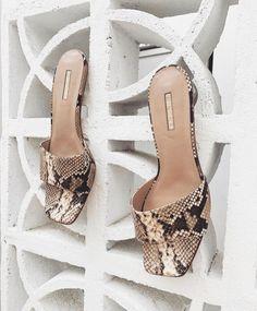 Rococo, Peeps, Peep Toe, Wedges, Shopping, Shoes, Instagram, Fashion, Moda