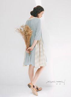 許許兒♪輕柔T麻拼接格紋洋裝-藍綠 dress