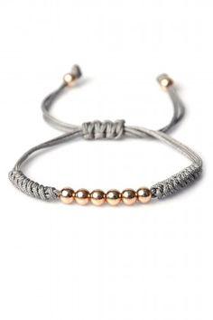 Onyx designer onyx macrame bileklik lidyana com bileklik designer lidyanacom macrame onyx rupees Braided Bracelets, Bracelets For Men, Handmade Bracelets, Friendship Bracelets, Handmade Jewelry, Macrame Jewelry, Macrame Bracelets, Macrame Bag, Macrame Knots